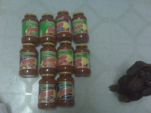 Hahah!  Look at my little weenie dog staring up at me, so curious as to why I'm taking a pic of all this pasta sauce.  Awww, I love you Franka-Franka!